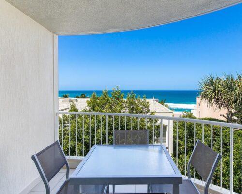 ocean-view-l1-sunshine-beach-apt12-2
