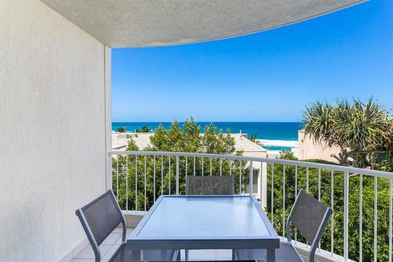 ocean-view-l1-sunshine-beach-apt12-2