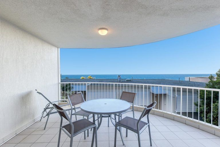 ocean-view-l1-sunshine-beach-apt13-9