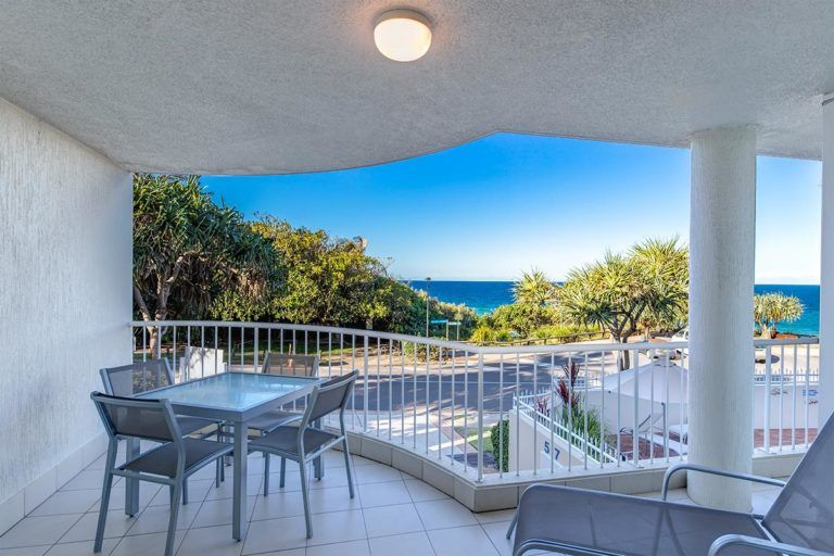 ocean-view-l1-sunshine-beach-apt2-2
