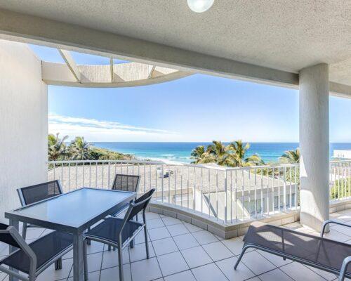 ocean-view-l2-sunshine-beach-apt10-4