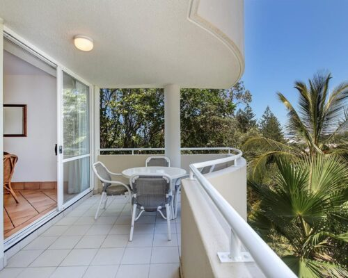 ocean-view-l2-sunshine-beach-apt15-3
