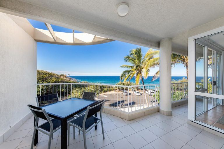 ocean-view-l2-sunshine-beach-apt4-5