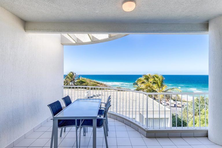 ocean-view-l2-sunshine-beach-apt9-2