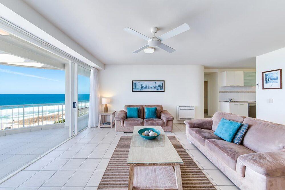 penthouse-sunshine-beach-apt19-3